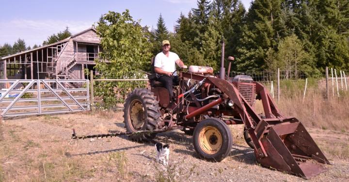 Lentelus Organics - Dave on Tractor