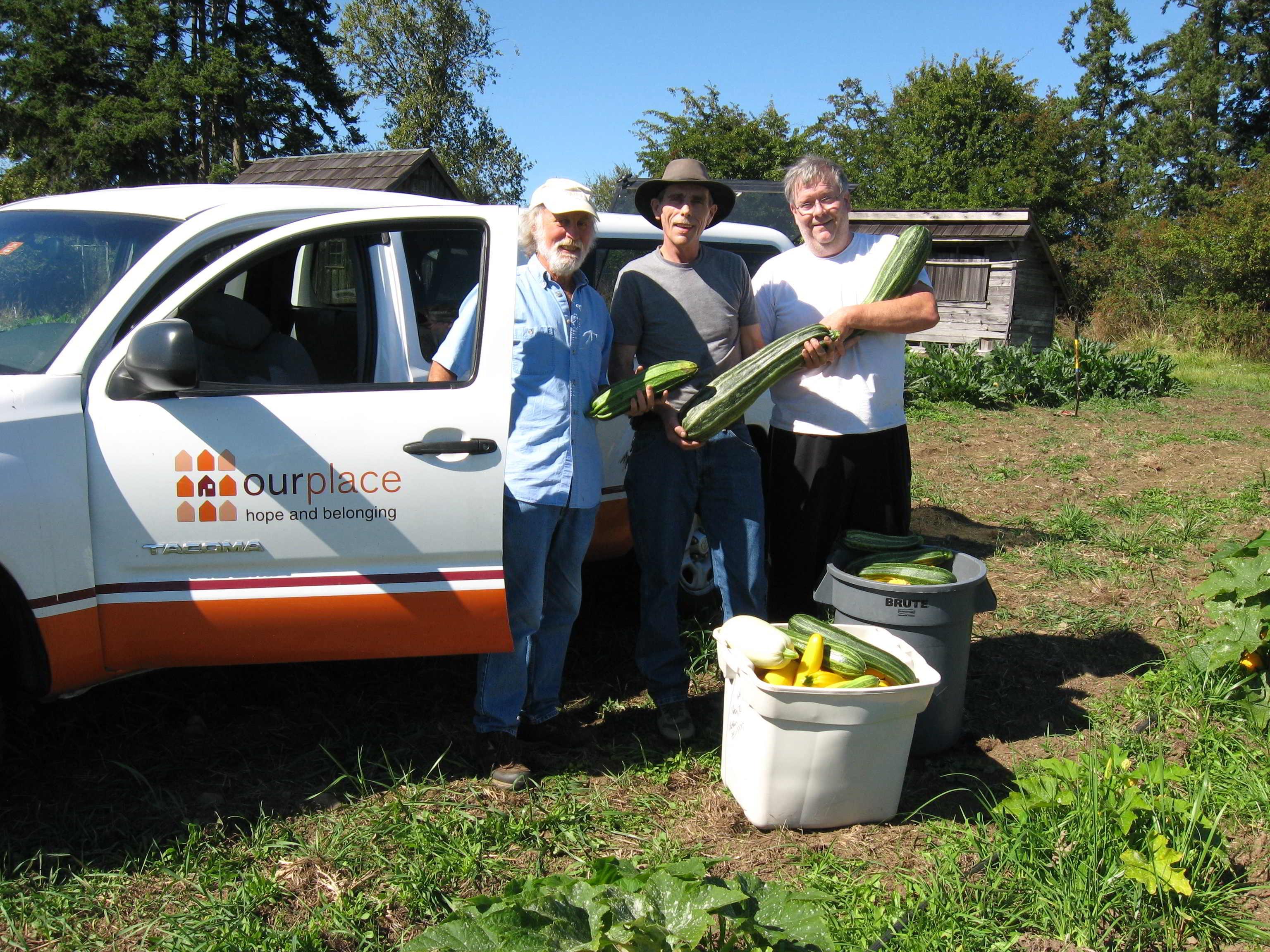 Farm Job Farmlands Trust Victoria - Field to plate at Newman Farm