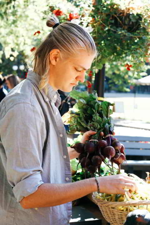 Young Farmer Erlend Bjørklund at Farmers Market