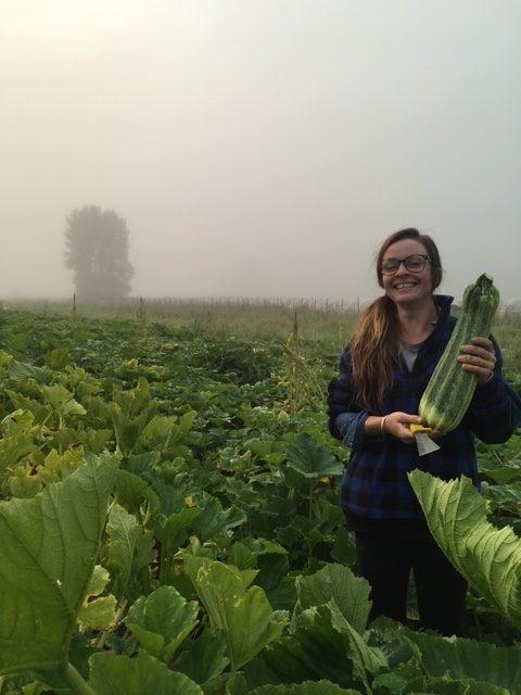 earth apple farm, farm hand, farm job, abbotsford